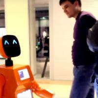 Робот-переводчик отбирает работу у людей